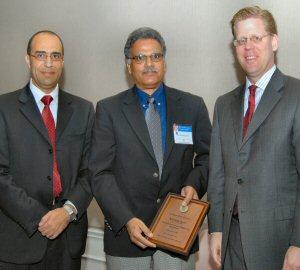 Kavi receives award